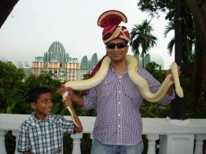 posing-with-a-python-singapore-sentosa-island