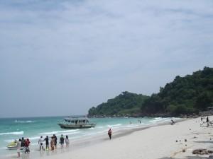 coral-island-beach-pattaya