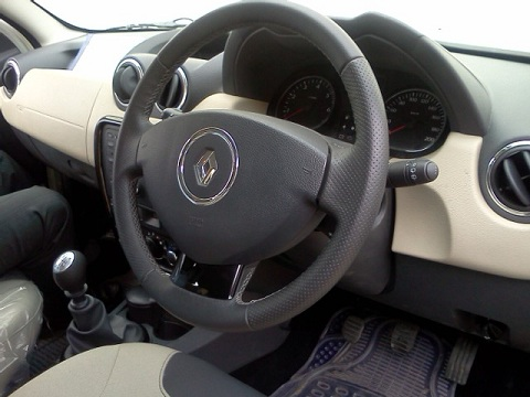 renault duster dashboard
