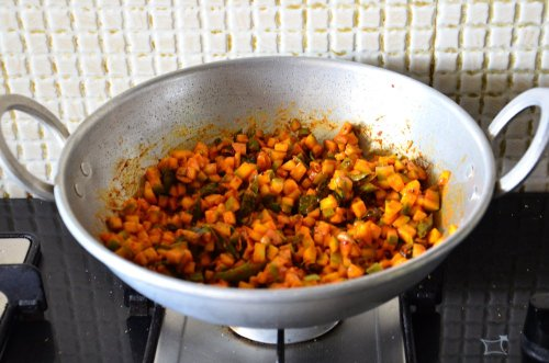cut mango pickle - almost ready